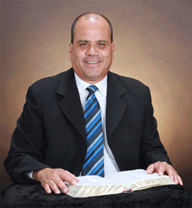 Pastor Salvador Carrillo